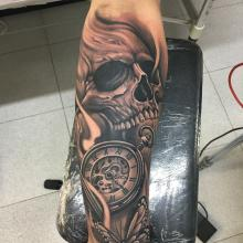 Skull y reloj